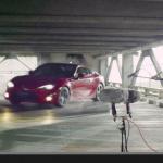 立体駐車場で86が団体ドリフト!? この弾けっぷりでなんとトヨタ公式映像【動画】 - TOYOTA-02