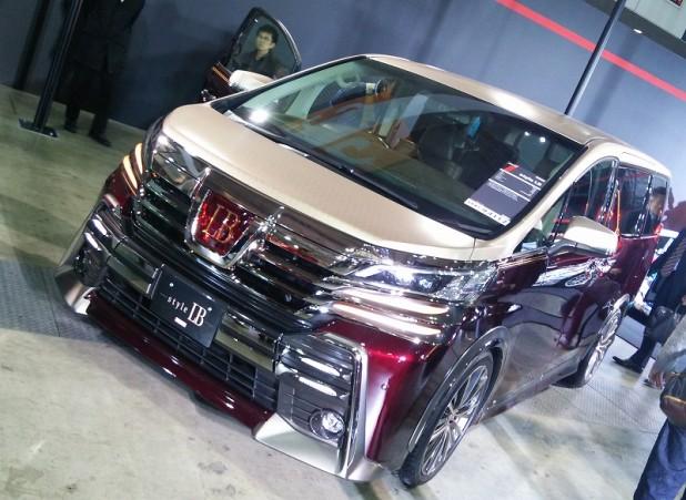 こんなオラついた車が国産車でトヨタだからね。