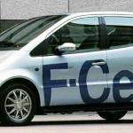 メルセデス・ベンツ日本、FCV導入でトヨタに対抗か? - A_Class_F-CELL