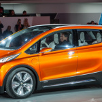 320km走れて価格3万ドルが目標のシボレー電気自動車コンセプト【デトロイトショー2015】 - Chevrolet Bolt004