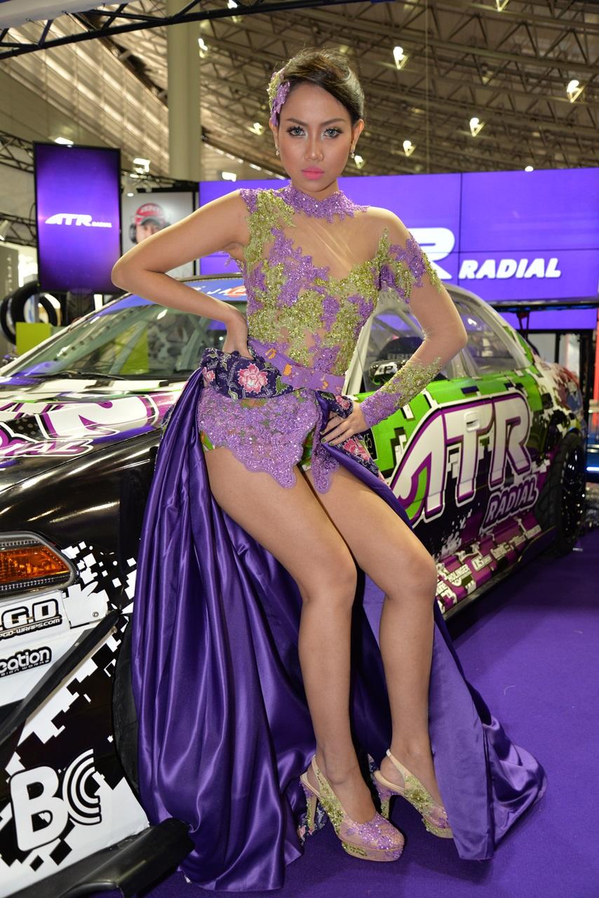 「エキゾチックな美女も人気!【東京オートサロン2015】」の25枚目の画像