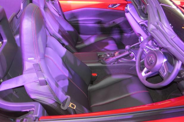 新型ロードスターの価格250万円からと判明!これはがんばった