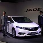 ホンダ・ジェイド発表。全車ハイブリッドで燃費はリッター25キロ - honda_jade15020704