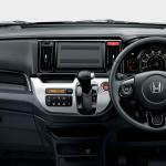 ホンダN-WGNが燃費改善、装備充実で安全性アップ - 4150416-n-wgn_005H