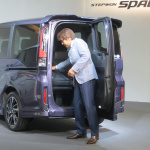 新型ホンダステップワゴンの価格は228万8000円から!話題のわくわくゲートも!! - 新型ステップワゴン_06