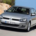 輸入車販売でメルセデス・ベンツがVWを抑えて首位に! - VW_Golf