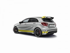 A45_4MATIC_YellowColorLine005