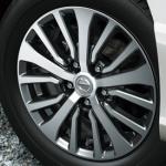 日産・セレナにお買い得な価格の特別仕様車3台を設定 - C26-150715-05