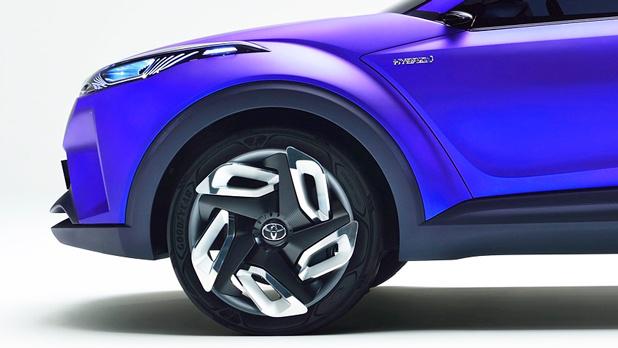 トヨタ次期プリウスベースのコンセプトカーに「発電タイヤ」を搭載していた!