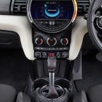 燃費向上でエコカー減税対象車になったMINI Cooper。 Cooper Sも装備充実! - MINI