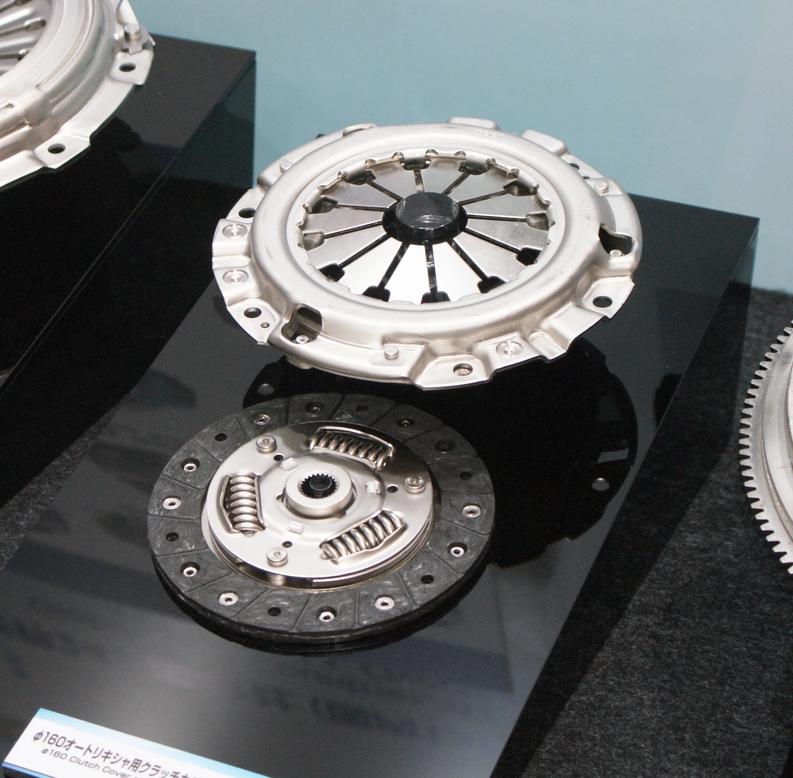 「【東京モーターショー15】エクセディ、多種多様な駆動系技術でアピール」の12枚目の画像
