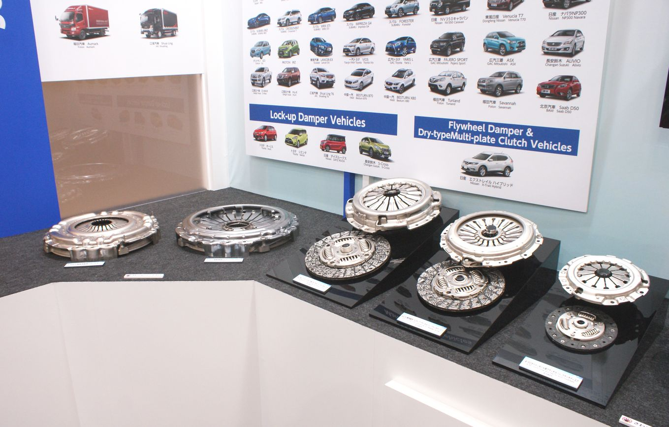 「【東京モーターショー15】エクセディ、多種多様な駆動系技術でアピール」の3枚目の画像