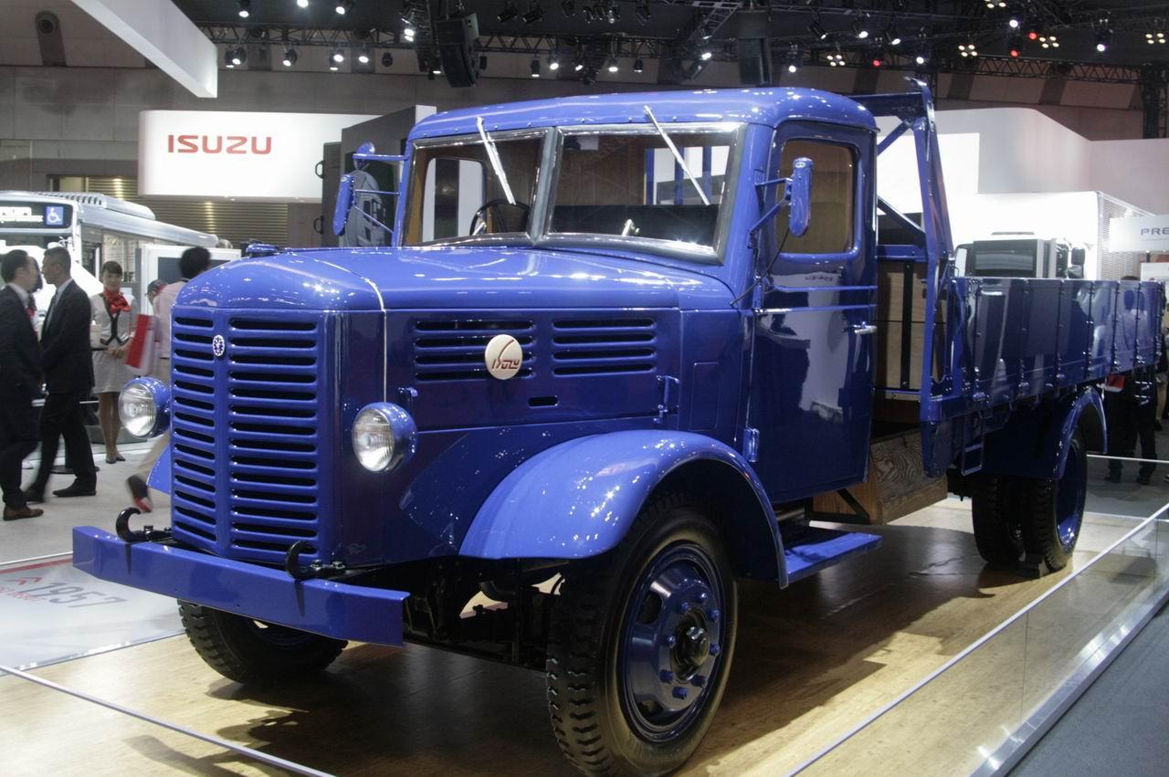 「【東京モーターショー15】いすゞは、持続可能な大型トラックへ天然ガス車を提案」の2枚目の画像