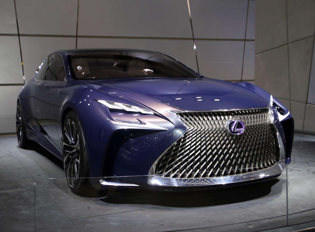 【東京モーターショー15】次期「Lexus LS」は自動運転を搭載したFCVになる! | Lexus_LF-FC - clicccar.com(クリッカー)