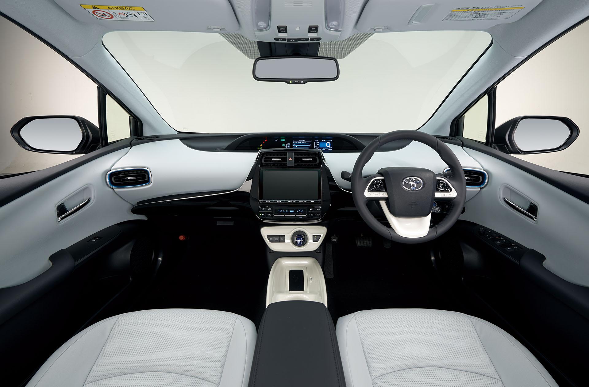 新型プリウスのインテリアは質感と快適性を向上 | New Prius 31 Clicccar Com クリッカー
