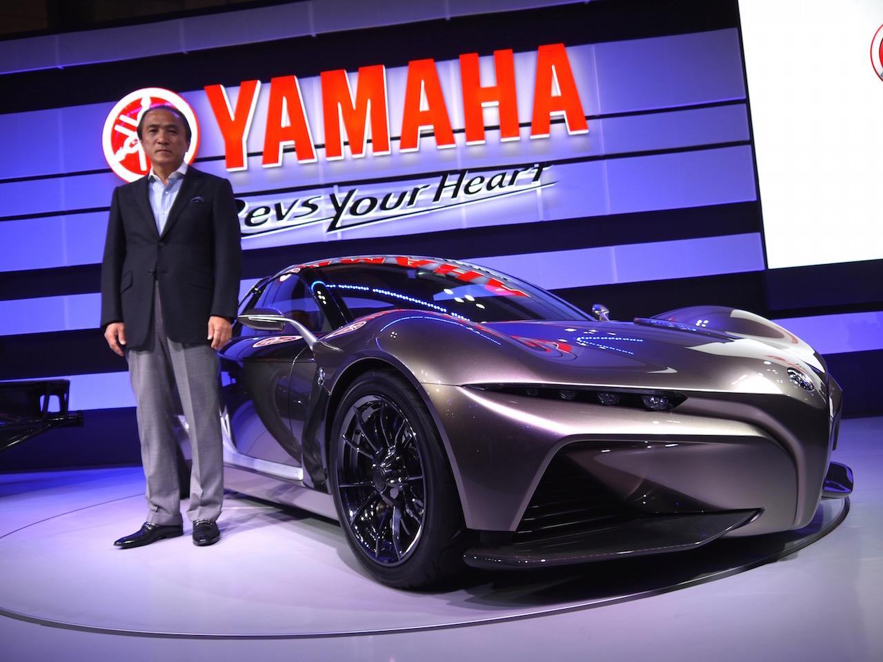 「【東京モーターショー15】ヒト型ロボットを搭載し自律走行するバイクがヤマハブースに登場」の2枚目の画像