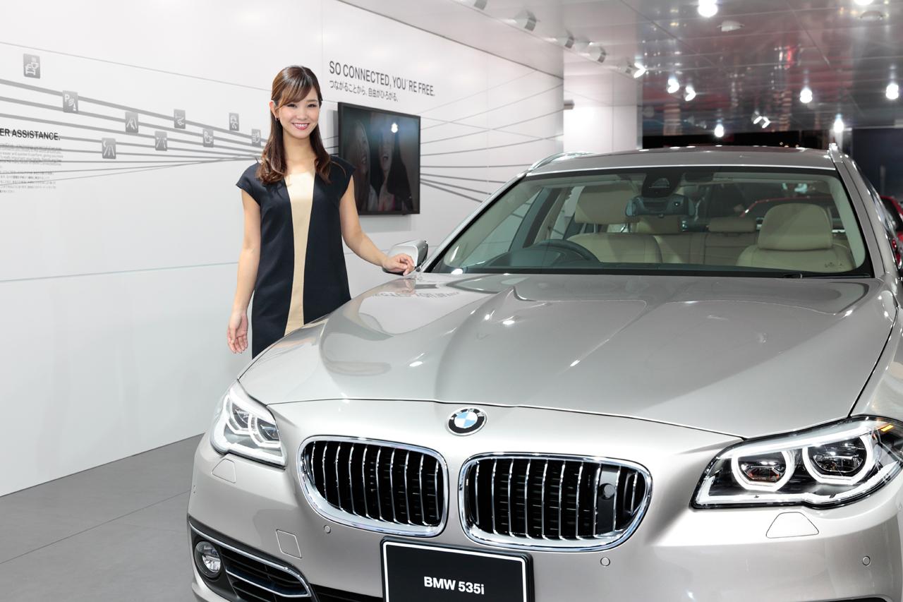 「【東京モーターショー15】厳選美女! BMWブースには、クリッカー賞2014に輝いたあの人がッ!」の1枚目の画像