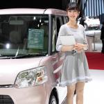 【東京モーターショー15】厳選美女! がんばって勉強中の、DAIHATSU美人 - 03