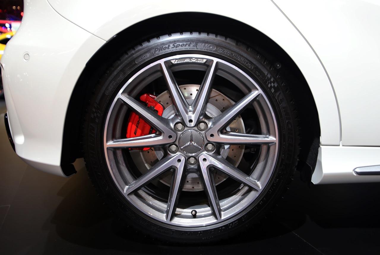 「【東京モーターショー15】販売好調なメルセデス・ベンツが最新モデル19台を一挙出展!」の11枚目の画像