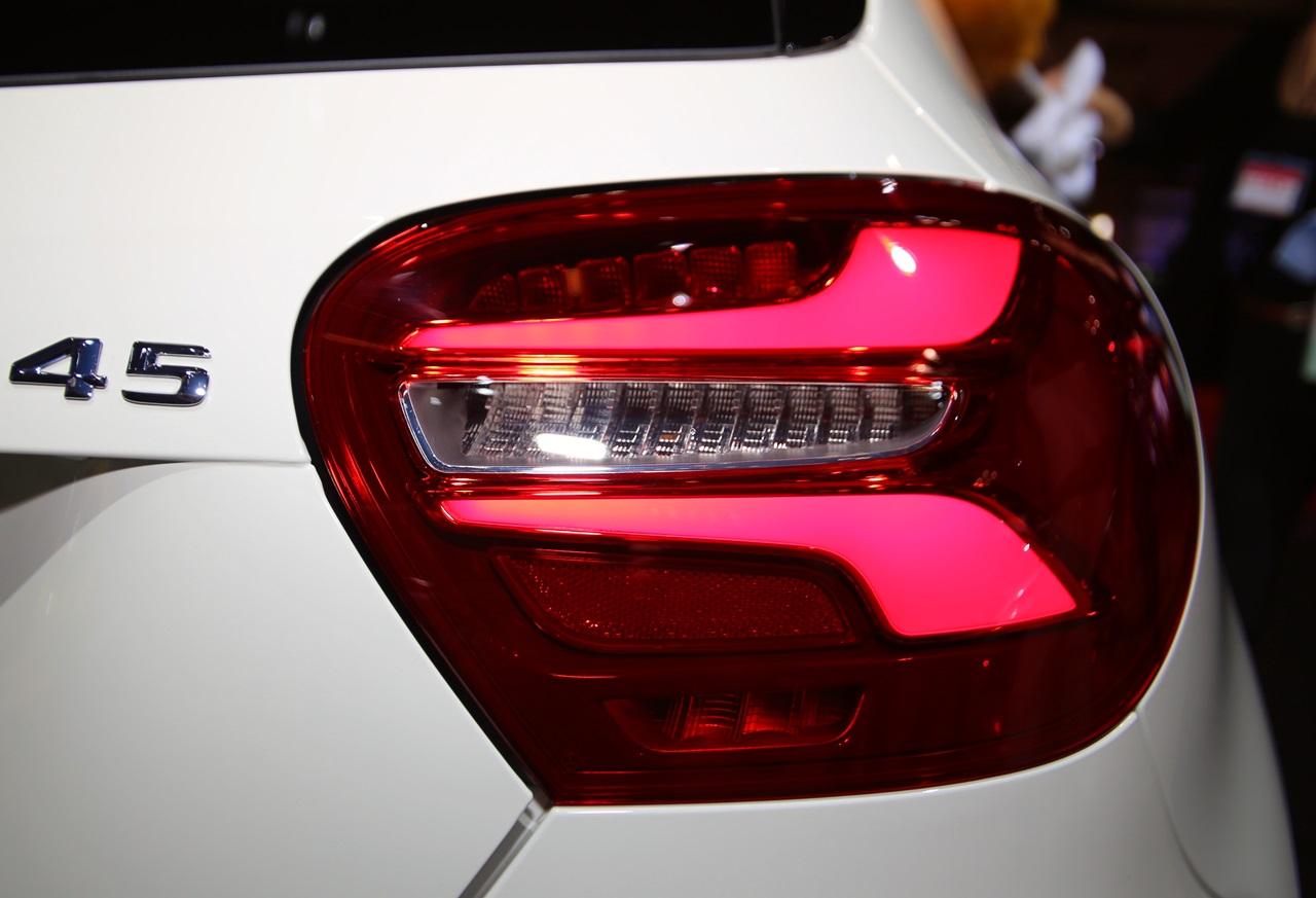 「【東京モーターショー15】販売好調なメルセデス・ベンツが最新モデル19台を一挙出展!」の12枚目の画像