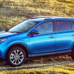3月登場のトヨタ「C-HR」市販モデルはRAV4後継車か? - TOYOTA_RAV4_HV