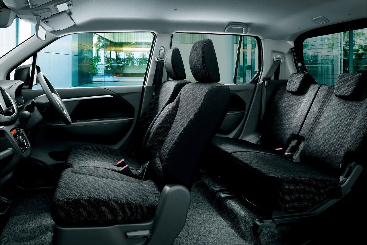 「スズキ・ワゴンRとスペーシアにブラック内装の特別仕様車が登場」の5枚目の画像