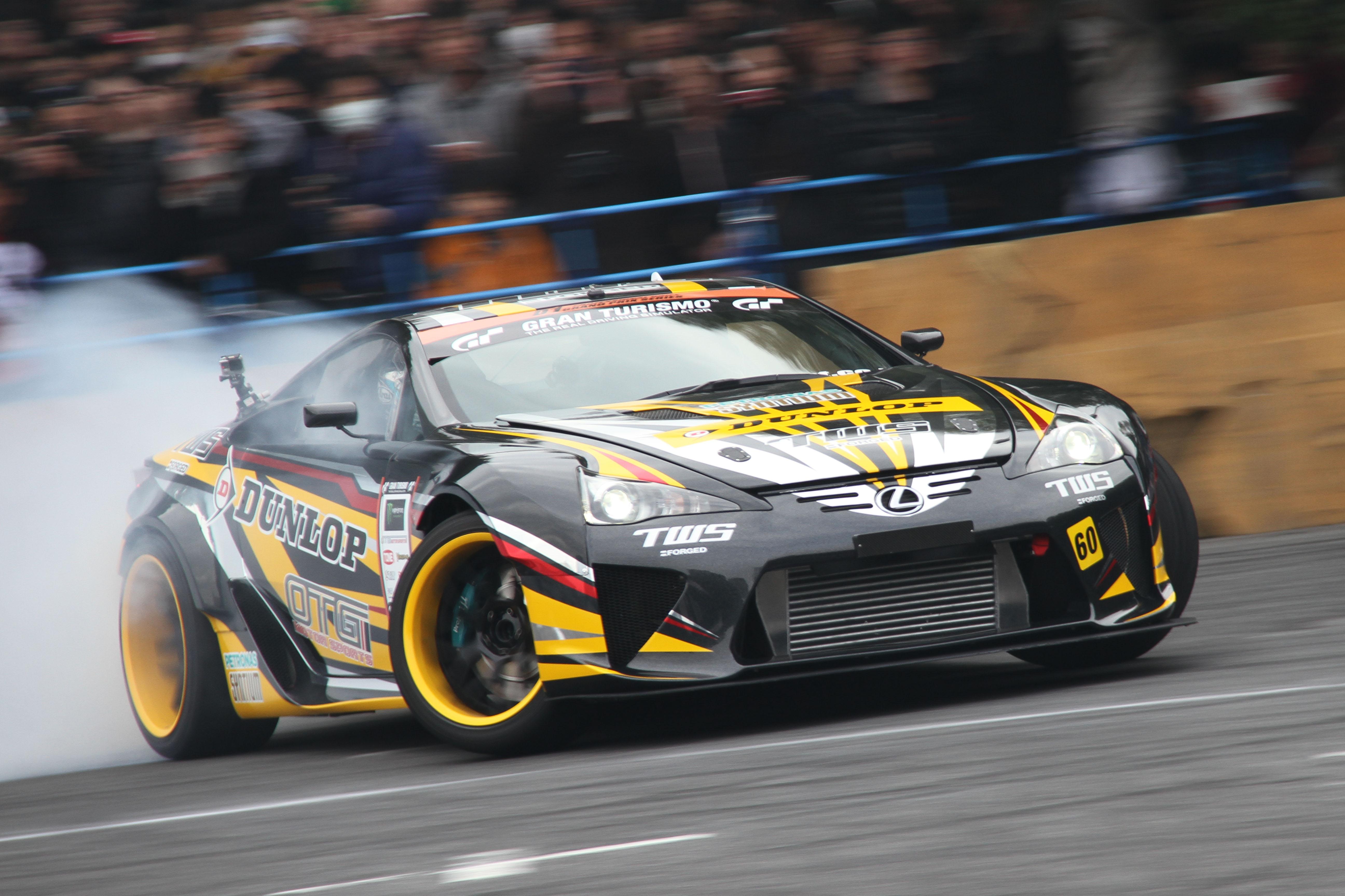 「【東京オートサロン2016】GT-RにレクサスLFA!ドリフトもスーパーカーが主役か?」の2枚目の画像