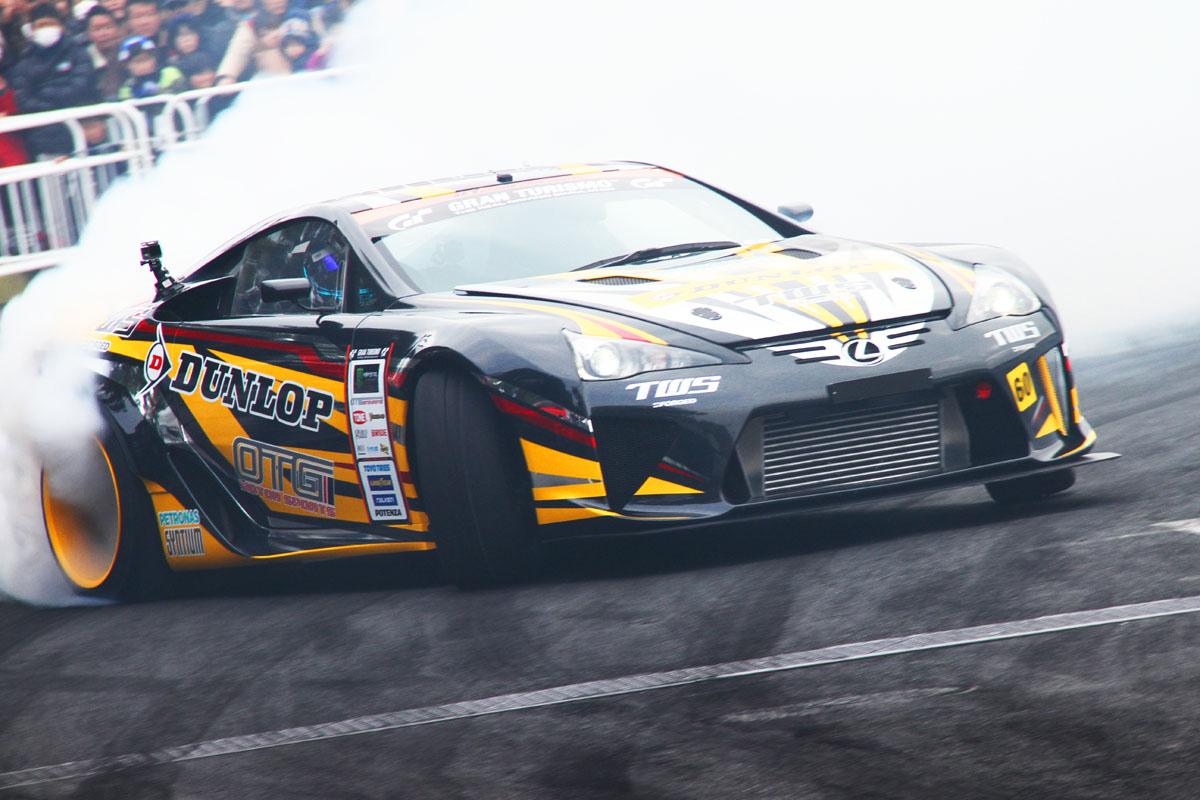 「【東京オートサロン2016】GT-RにレクサスLFA!ドリフトもスーパーカーが主役か?」の4枚目の画像