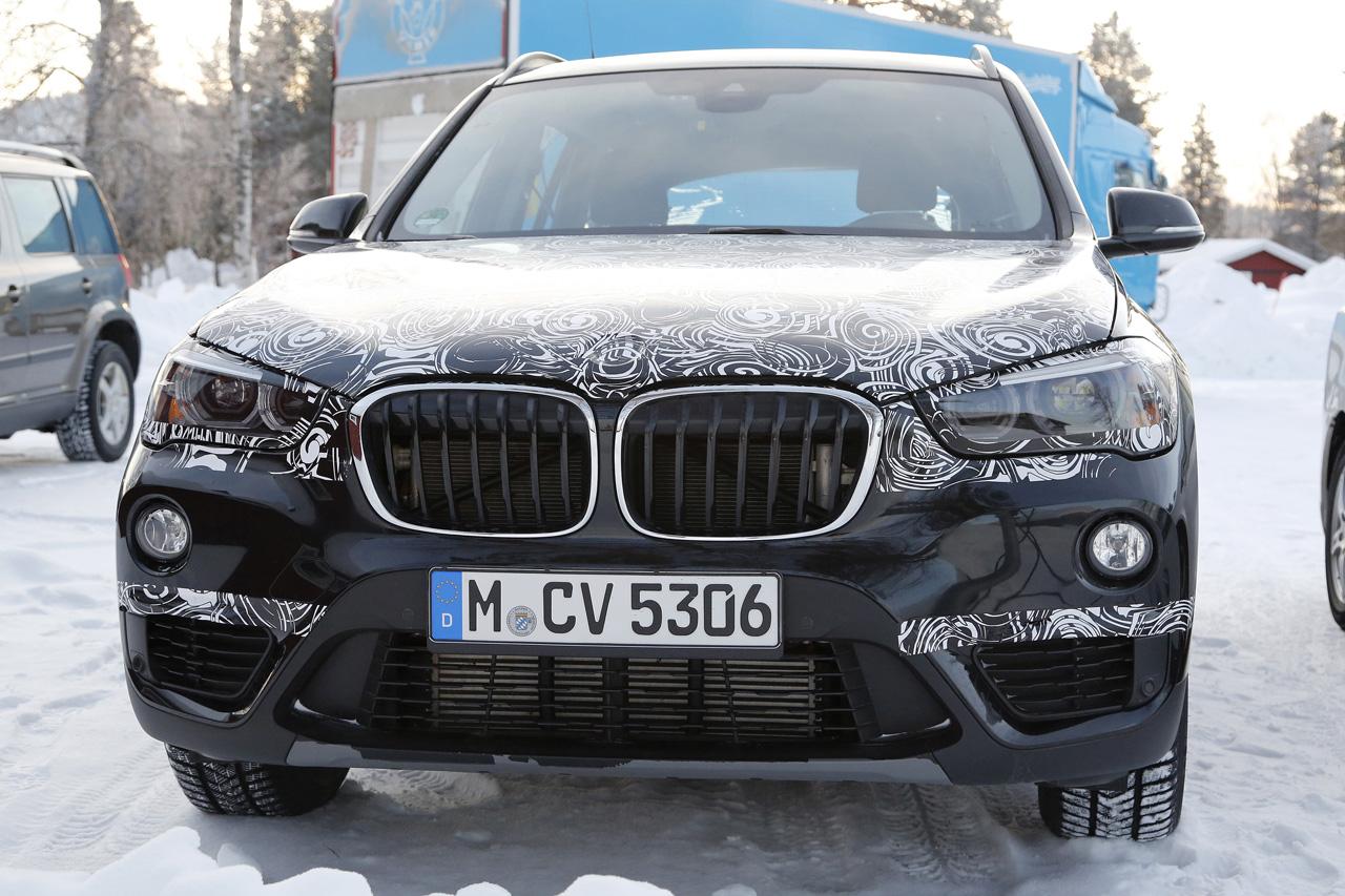 「BMW7人乗り「X1」、ノーマルモデルと並べてみたら…」の2枚目の画像