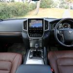 最新のトヨタ・ランドクルーザーは価格にふさわしいSUVか!? - LAND_CRUISER_03