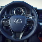 LC500h_21