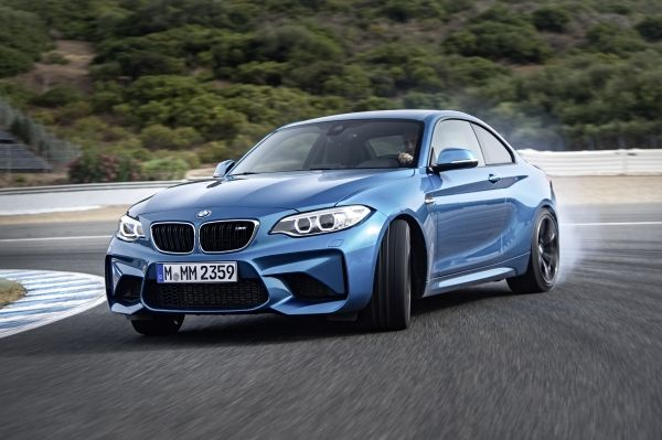 P90199694_lowRes_the-new-bmw-m2-coupe