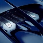 【ジュネーブモーターショー2016】速度計はなんと500km/hまで!ブガッティ・シロン発表 - 09_CHIRON_engine-bay_WEB