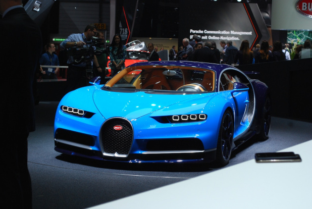 100_CHIRON_front_WEB
