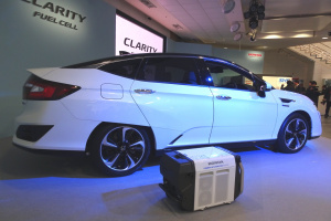 20160310Honda Clarity Fuel Cell003