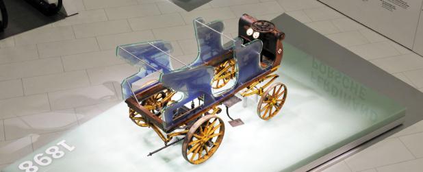 出展:http://www.porsche.com/museum/en/