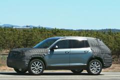 VW3rowSUV.AZ04