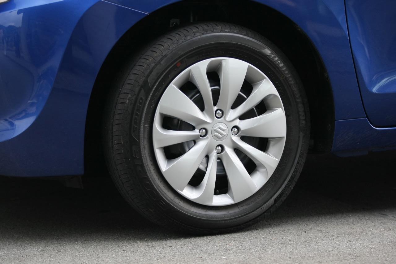 「新開発の車体と1.0L直噴ターボによる渾身作 ─ スズキ「バレーノ」画像ギャラリー」の10枚目の画像