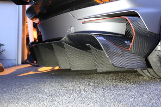 Aston_Vulcan-13