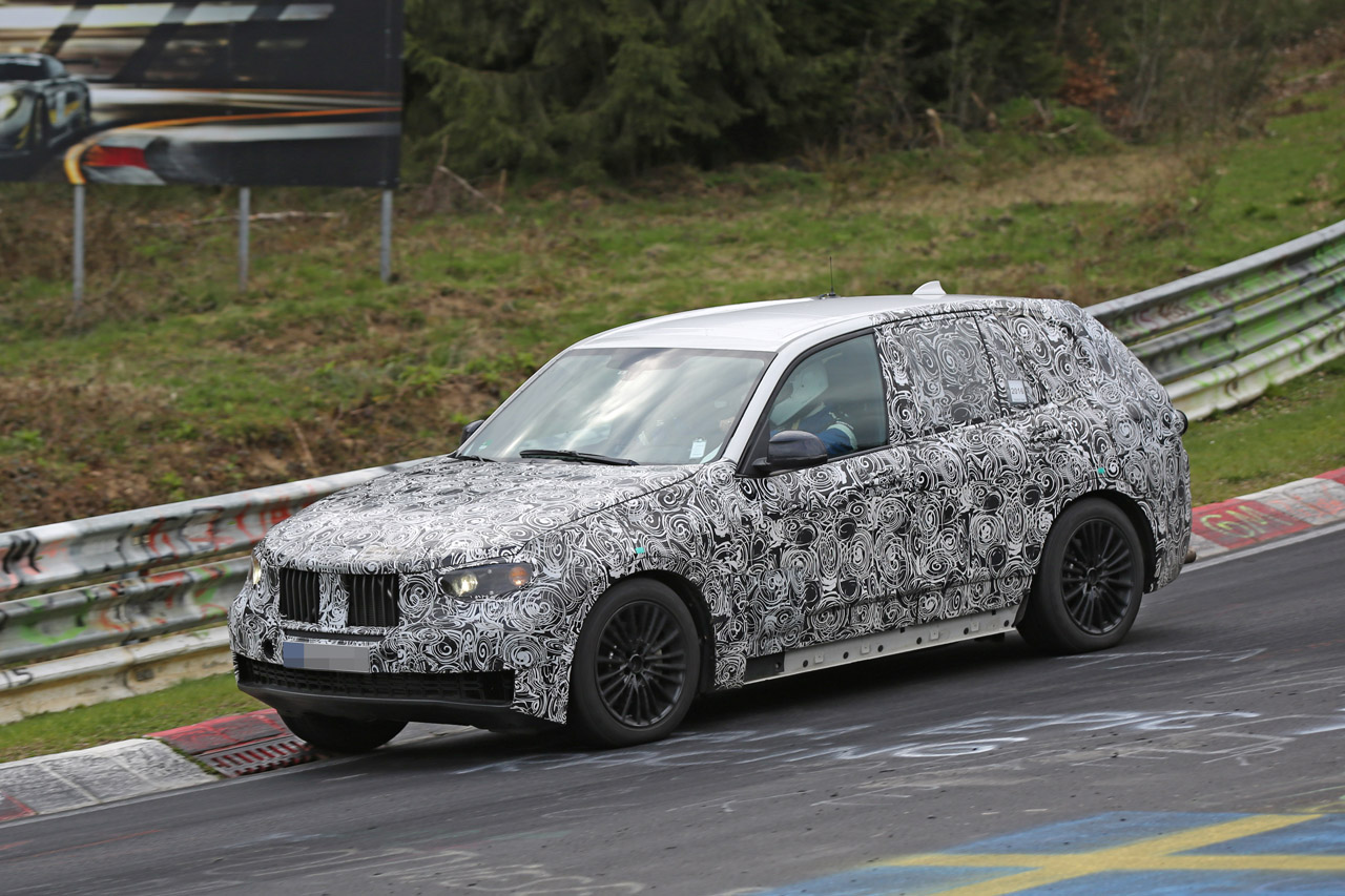 「BMW・X5次期型、ニュルで高速アタック!」の2枚目の画像