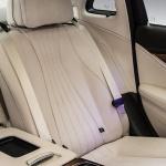 シートベルト警報装置の設置義務が後部座席にも拡大 - Mercedes-Benz_E-Class