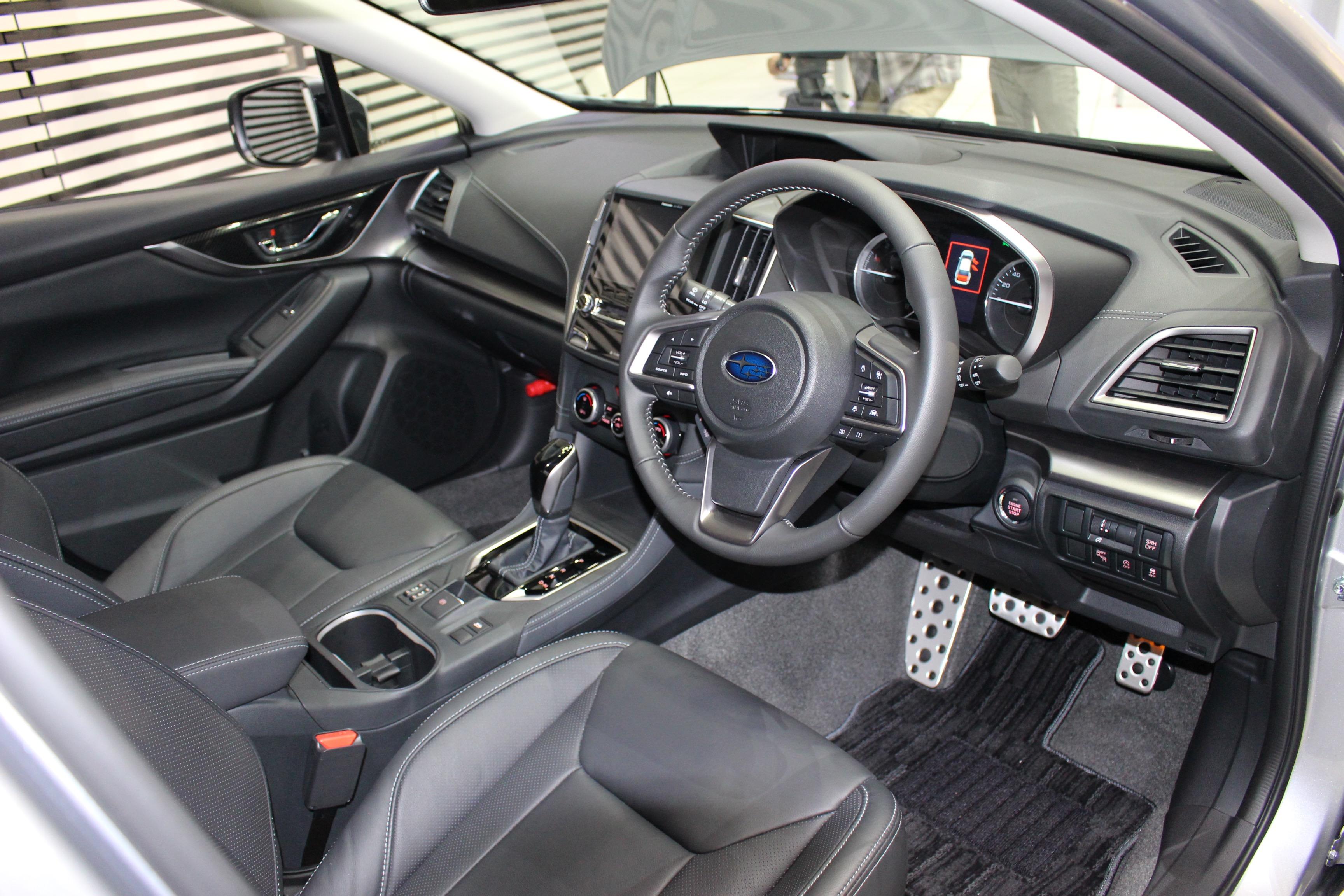新型スバル・インプレッサの内装はdセグメント並の質感を実現 | Subaru New Impreza 15