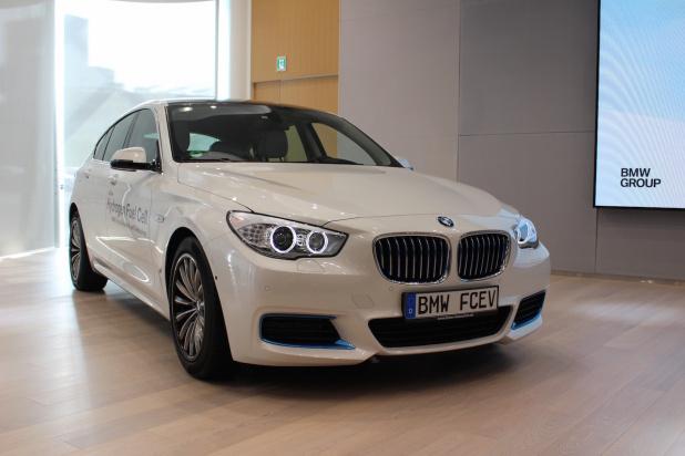 BMW_FCV_01