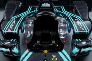 Jaguar Racing_I-TYPE_01