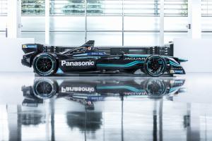 Jaguar Racing_I-TYPE_11