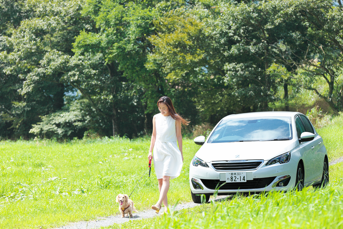 「愛犬とプジョー308 Allure BlueHDiで楽しむ妄想ドライブデート【後編】 PR」の4枚目の画像