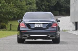 Mercedes_Benz_E_Class_3