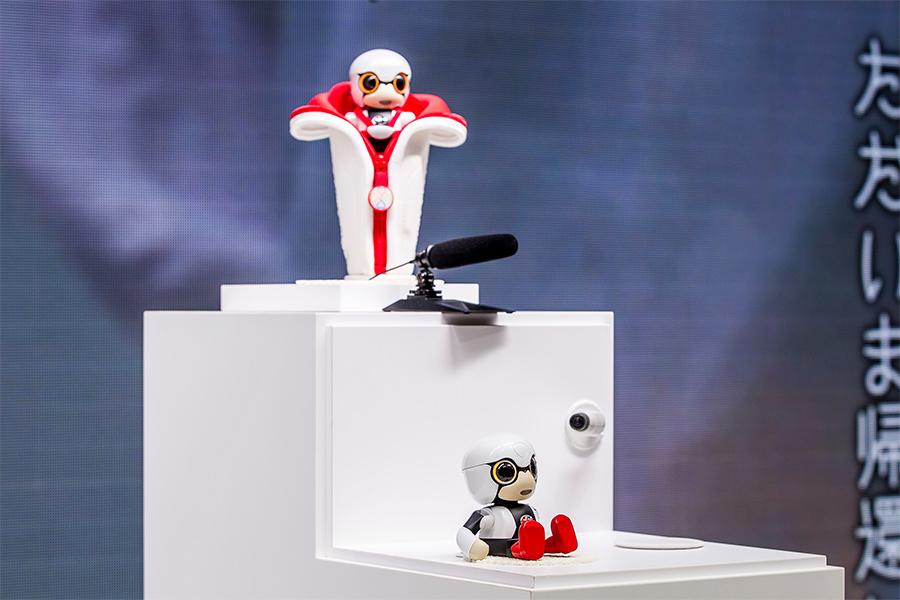 「トヨタKIROBO mini(キロボミニ)はコミュニケーションするだけなの? CEATECにKIROBO miniとMIRAIカットボディを出展!」の5枚目の画像