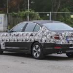 BMW 5-Series Sedan Plugin-Hybrid 014