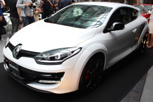 Renault_MEGANE_R.S.273_4